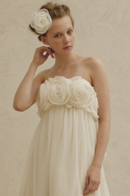 8007 WEDDINGDRESS KUROE