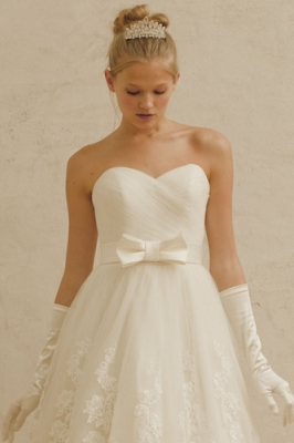 1062 WEDDINGDRESS KUROE