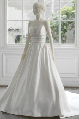 1316 WEDDINGDRESS KUROE 写真画像