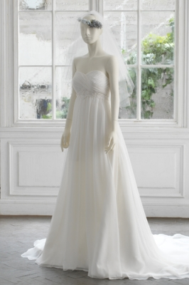 1013 WEDDINGDRESS KUROE 写真画像